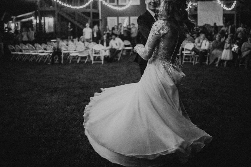 intimate-backyard-wedding-destination-wedding-photographer